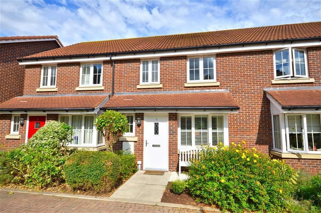 3 Bedrooms Terraced House for sale in Gloucester Court, Croxley Green, Hertfordshire