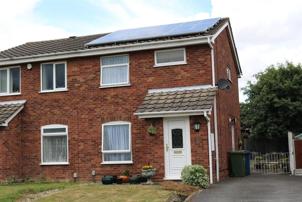 3 Bedrooms Semi Detached House for sale in Sycamore, Wilnecote, Tamworth