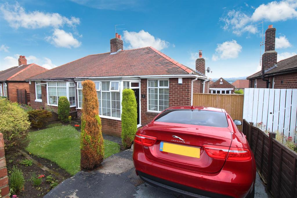 2 Bedrooms Semi Detached Bungalow for sale in Oakwood Gardens, Gateshead