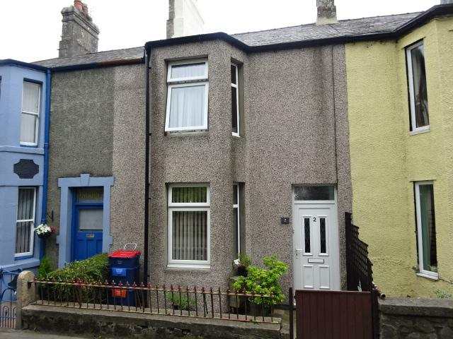2 Bedrooms Terraced House for sale in SMYRNA VIEW, LLANGEFNI LL77