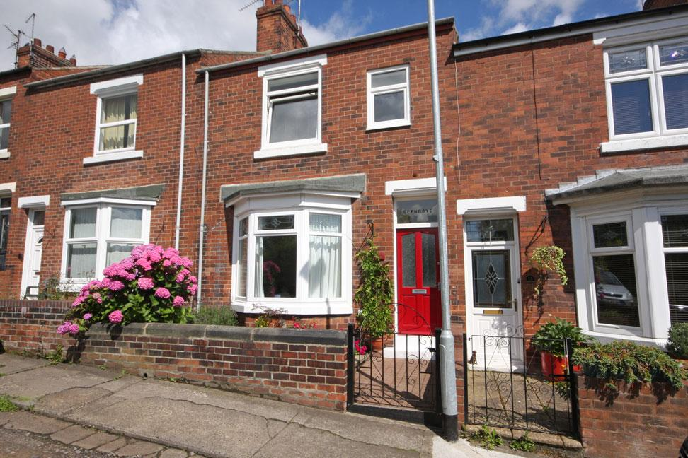 3 Bedrooms Town House for sale in Orchard Terrace, Chester-le-Street DH3 3JU