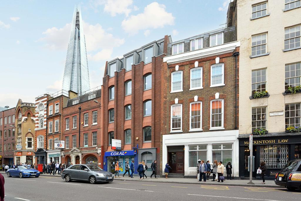 2 Bedrooms Flat for sale in Borough Mansions, Borough High Street, Borough, London
