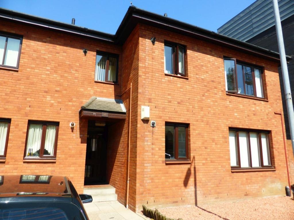2 Bedrooms Flat for rent in Walker Street, Partick, Glasgow, G11 6RE