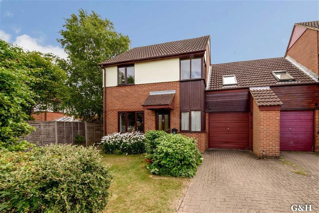 3 Bedrooms Link Detached House for sale in Bishops Green, Ashford, Kent