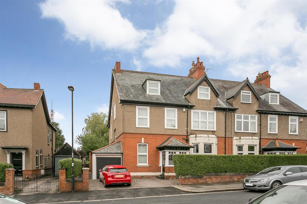 6 Bedrooms Semi Detached House for sale in Grange Road, Fenham, Newcastle upon Tyne