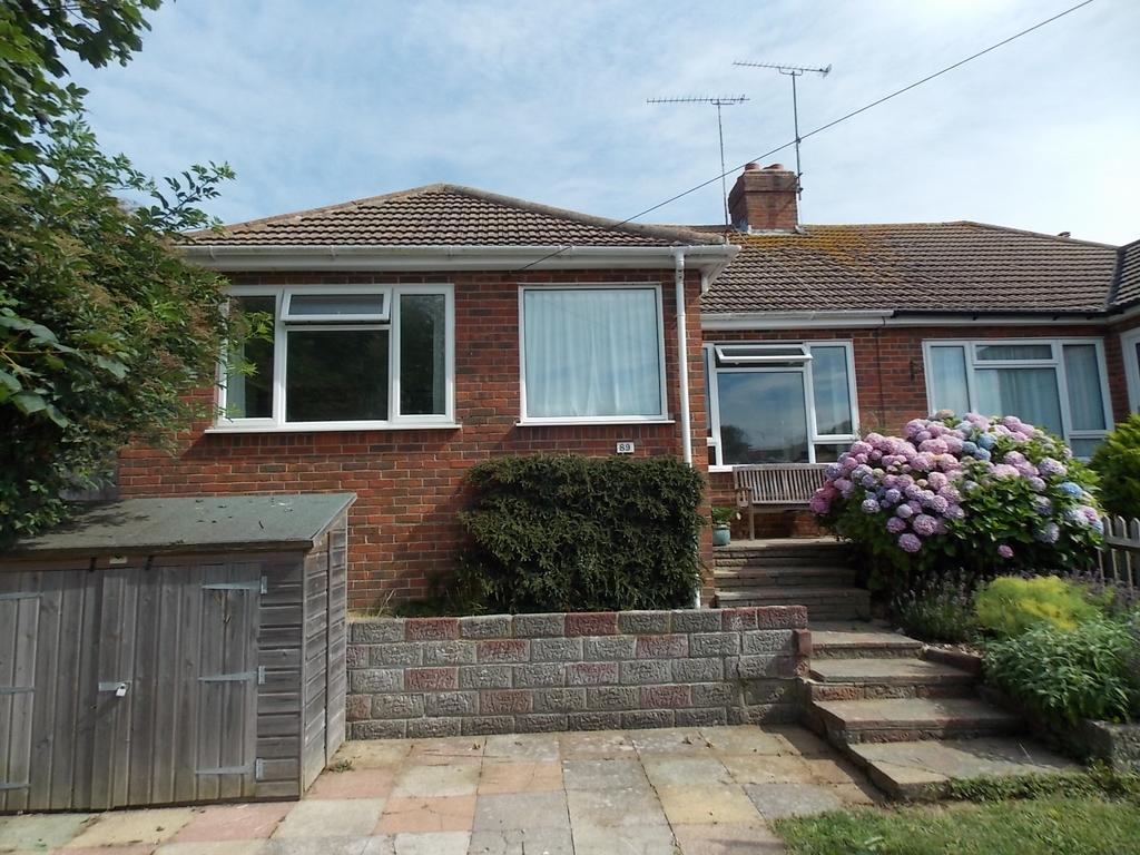3 Bedrooms Semi Detached Bungalow for sale in Saltdean