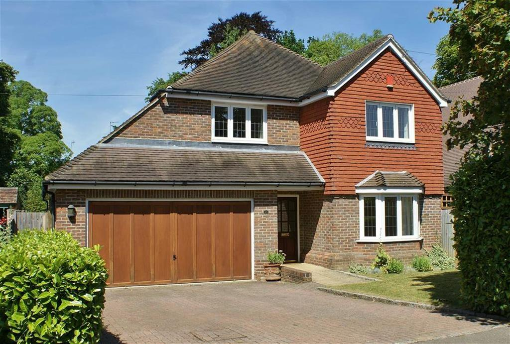 4 Bedrooms Detached House for sale in Pipers Close, Cobham, Surrey, KT11