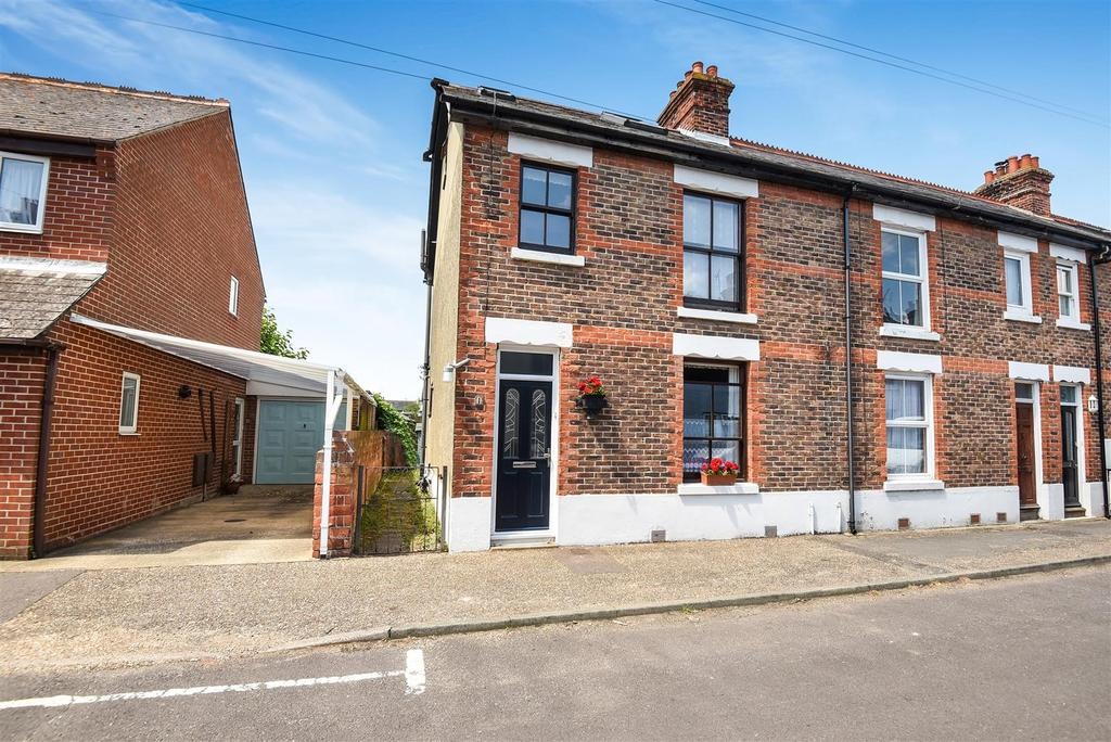 3 Bedrooms End Of Terrace House for sale in North Road, Bosham