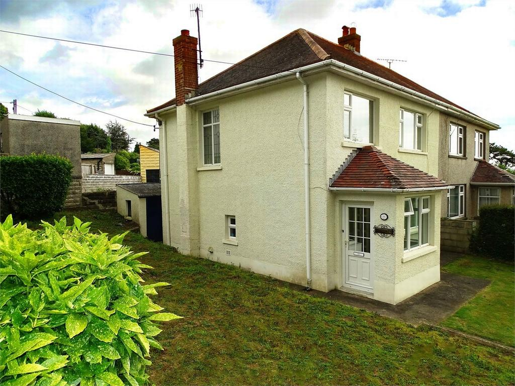 3 Bedrooms Semi Detached House for sale in 3 St Margarets Drive, Llanelli, Carmarthenshire