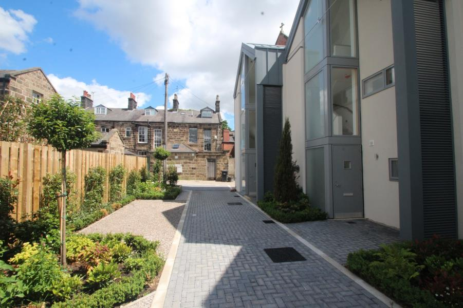 3 Bedrooms Town House for rent in FAWCETTS MEWS, HARROGATE, HG1 1JE