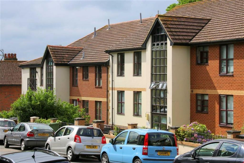2 Bedrooms Apartment Flat for sale in Woodland Vale Road, St Leonards On Sea