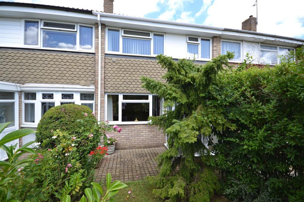 3 Bedrooms Terraced House for sale in Hawfinch Walk, Chelmsford