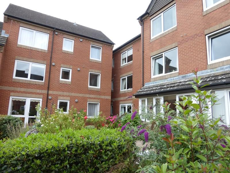 1 Bedroom Retirement Property for sale in St. Marys Road, Evesham