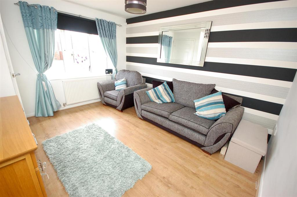 2 Bedrooms Terraced House for sale in Ladybank, Sunderland