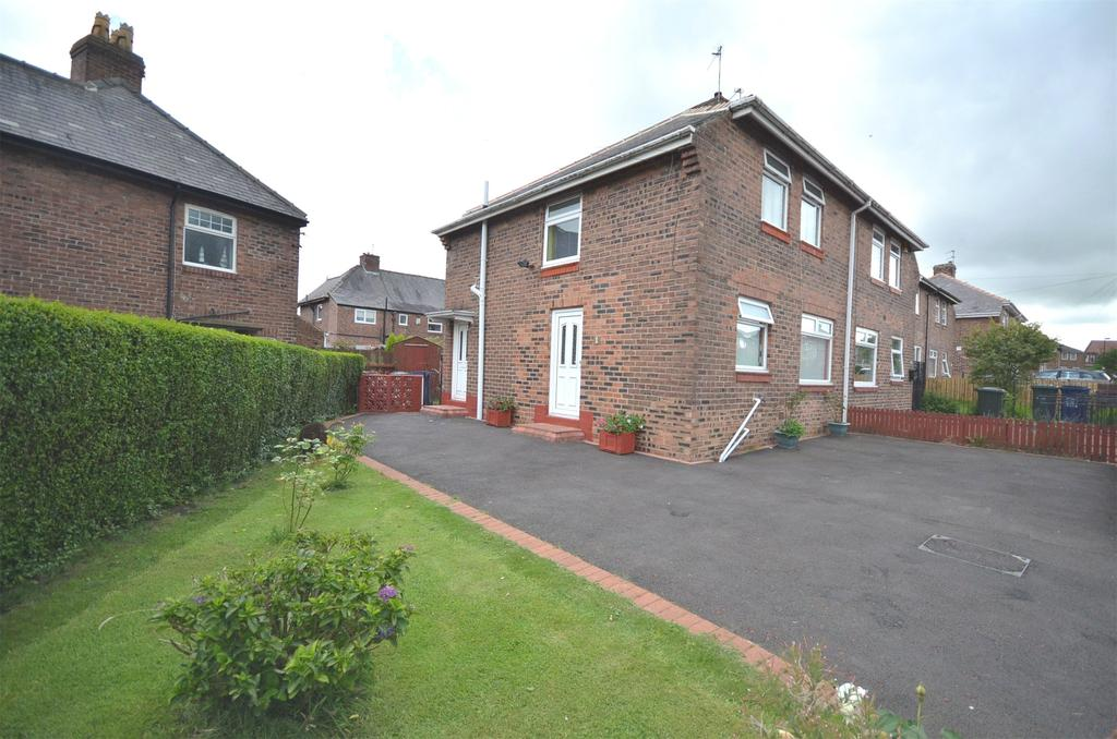3 Bedrooms Semi Detached House for sale in Kenton