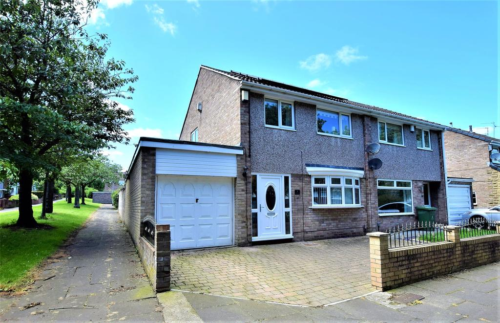 3 Bedrooms Semi Detached House for sale in Whitehills