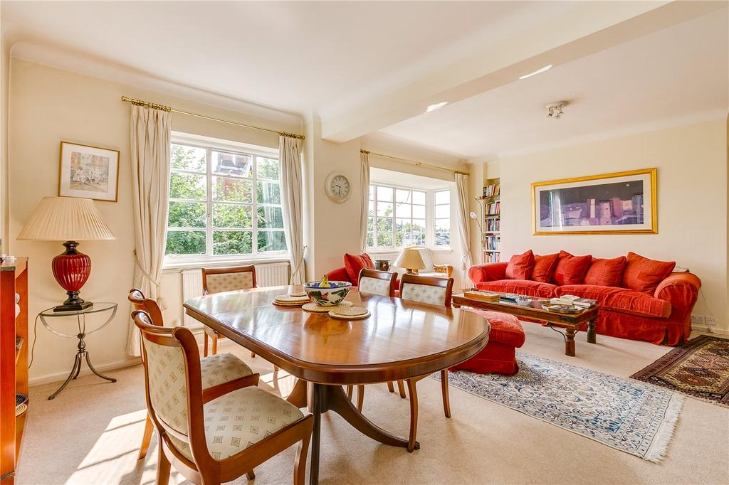 3 Bedrooms Flat for sale in St. Petersburgh Place, Bayswater, London