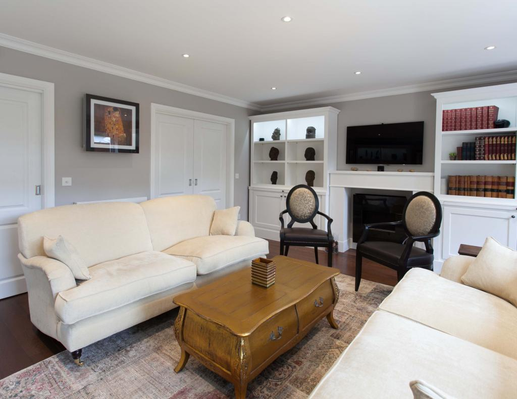 5 Bedrooms Terraced House for sale in Spencer Walk Hampstead NW3