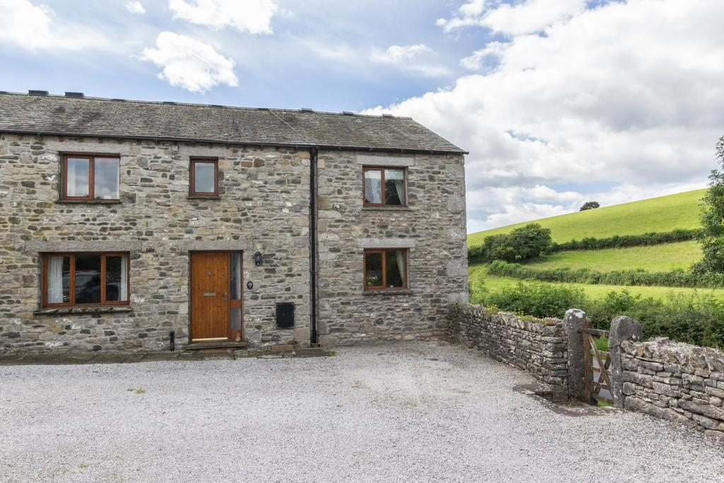4 Bedrooms Barn Conversion Character Property for sale in 1 Stainton Court, Stainton
