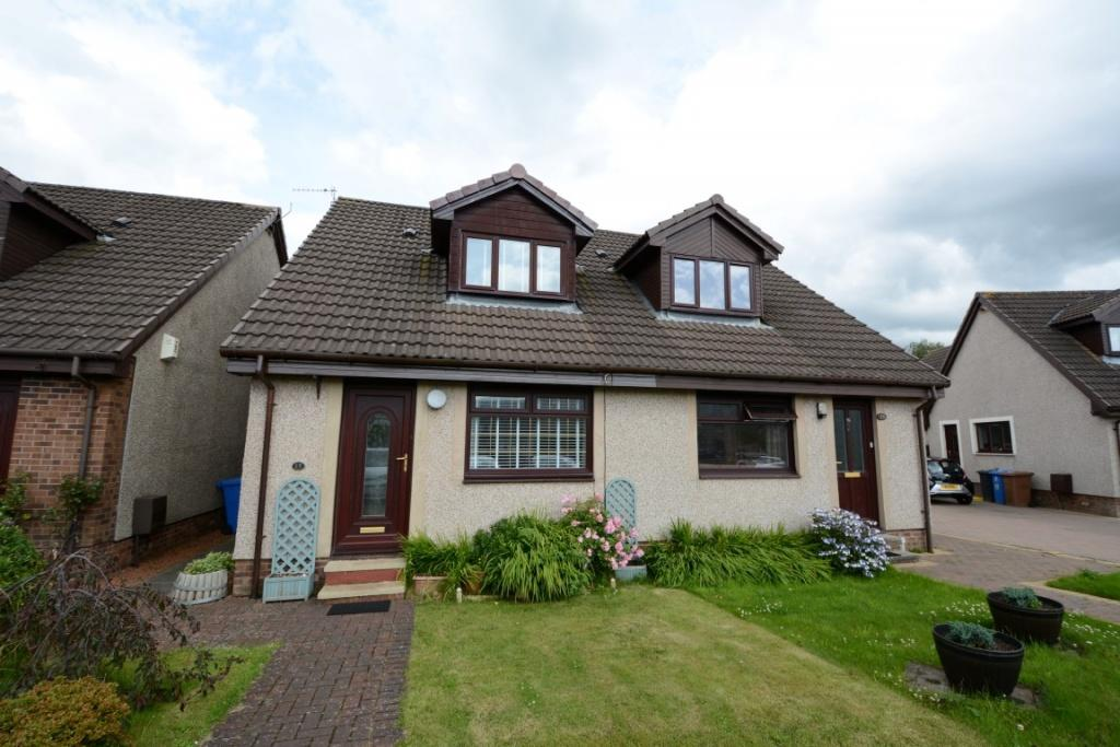 2 Bedrooms Semi Detached House for sale in 15 Marine Court, Fairlie, KA29 0BN