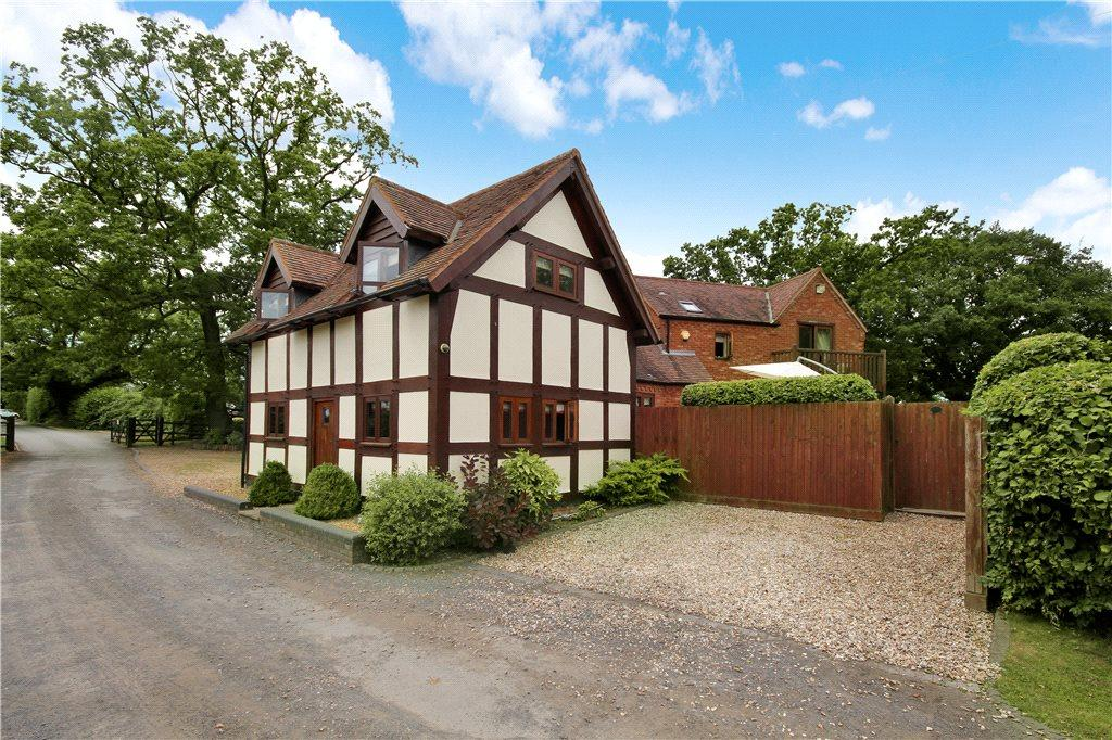 4 Bedrooms Detached House for sale in Seafield Lane, Alvechurch, Birmingham, B48