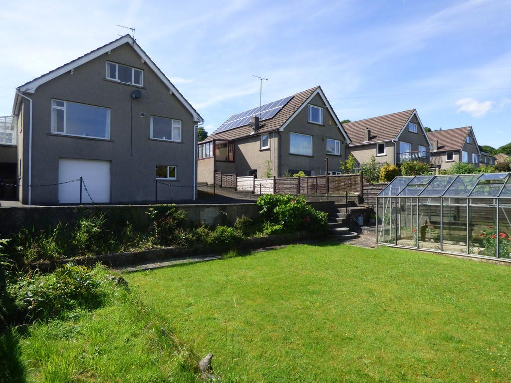 4 Bedrooms Detached House for sale in 19 Yealand Avenue, Giggleswick