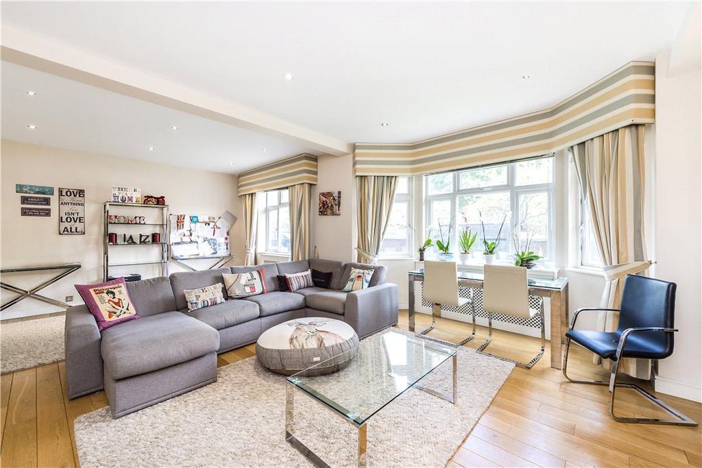 2 Bedrooms Flat for sale in Kingston House East, Prince's Gate, Knightsbridge, London, SW7