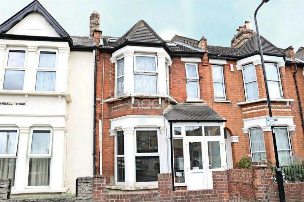 4 Bedrooms Terraced House for sale in Tyndal Road