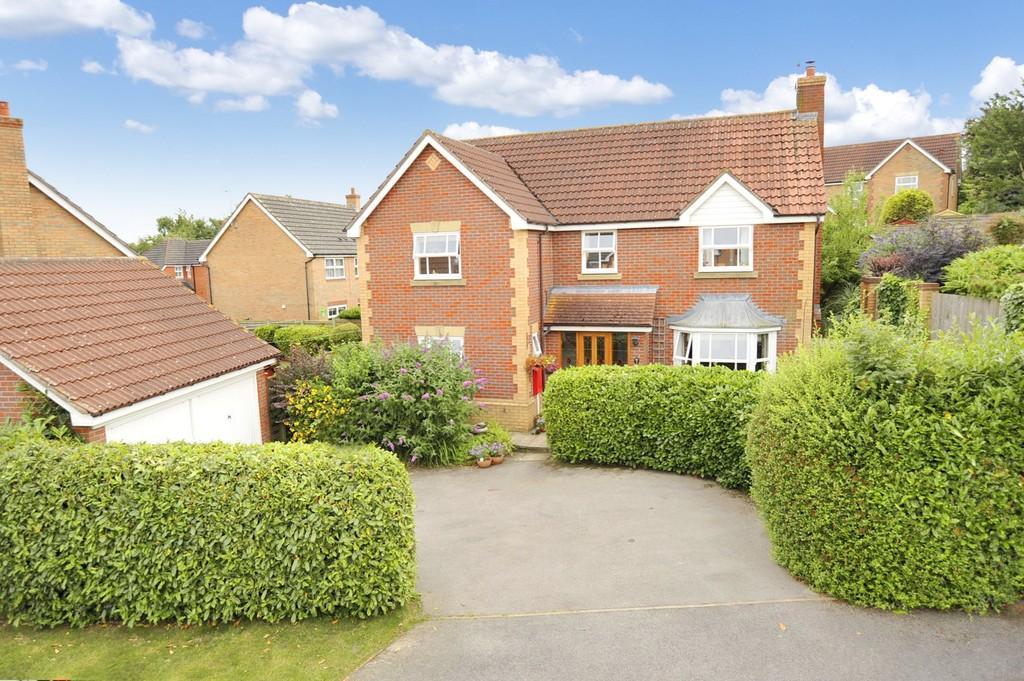 4 Bedrooms Detached House for sale in Rievaulx Court, Knaresborough