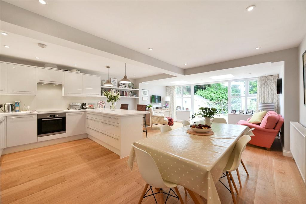 3 Bedrooms Terraced House for sale in Linton Grove, London, SE27