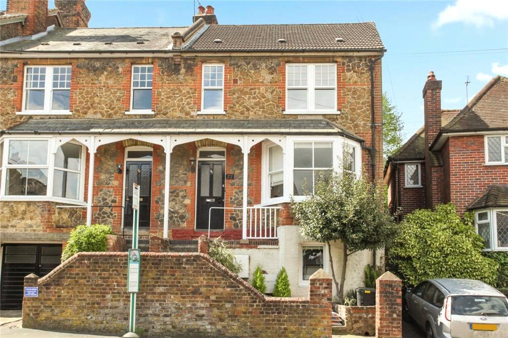 2 Bedrooms Flat for sale in Addison Road, Guildford, Surrey, GU1