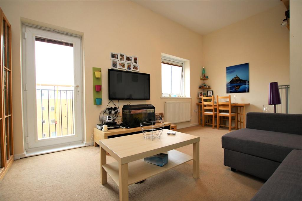2 Bedrooms Flat for sale in Thorney House, Drake Way, Reading, Berkshire, RG2
