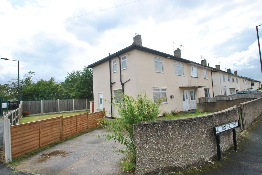3 Bedrooms Semi Detached House for sale in Milton Grove, Armthorpe, Doncaster, DN3 3BX