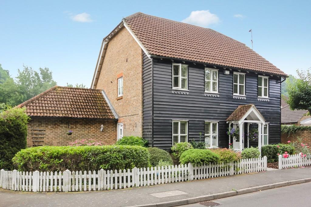 2 Bedrooms Semi Detached House for sale in Newton Willows, Groombridge