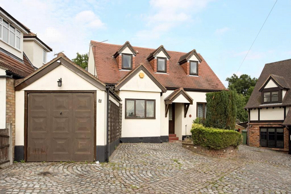 4 Bedrooms Detached House for sale in Theydon Park Road, Theydon Bois, Epping, Essex, CM16