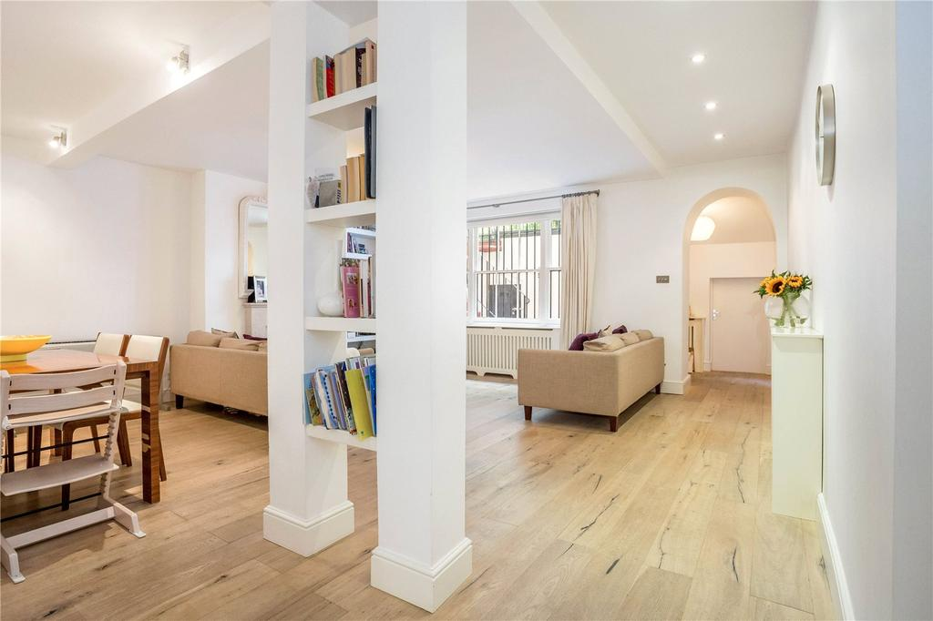 3 Bedrooms Flat for sale in Kensington Gardens Square, Notting Hill, London, W2