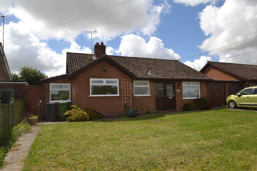 2 Bedrooms Detached Bungalow for sale in Briston