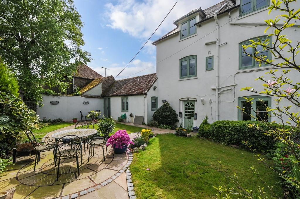 4 Bedrooms Cottage House for sale in East Dean, nr Chichester