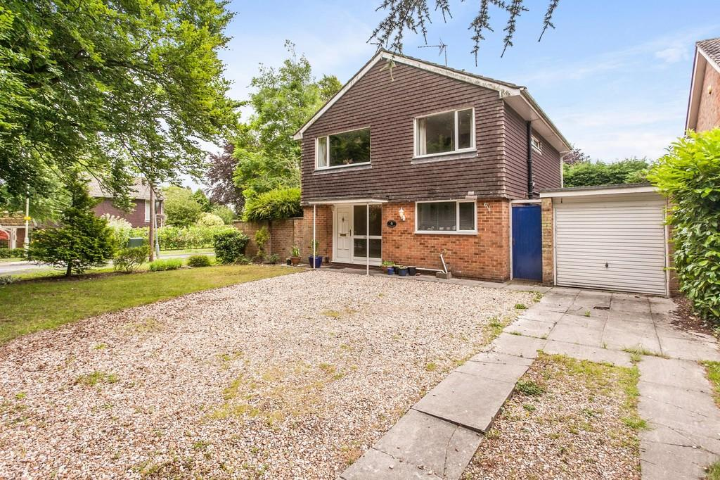 4 Bedrooms Detached House for sale in Harestock Road, Winchester, SO22