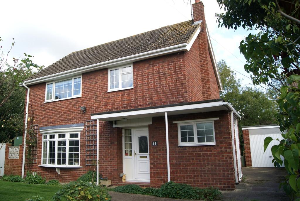 4 Bedrooms Detached House for sale in Garner Close, Northill