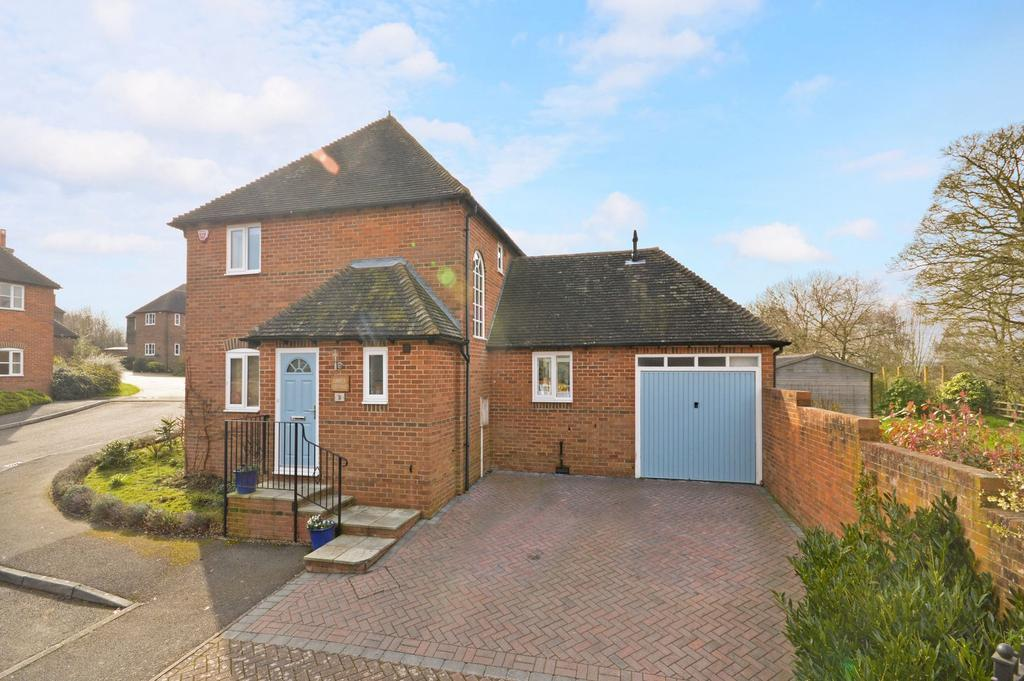 3 Bedrooms Detached House for sale in Wye, TN25
