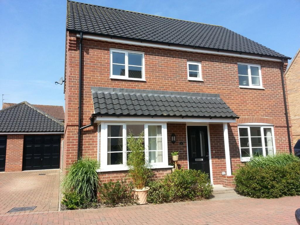 4 Bedrooms Detached House for sale in Windsor Court, Diss