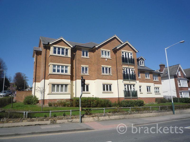 2 Bedrooms Apartment Flat for sale in Dunstan Road, Tunbridge Wells