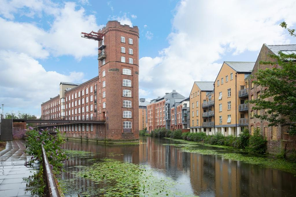 2 Bedrooms Apartment Flat for sale in Rowntree Wharf, Navigation Road, York, YO1