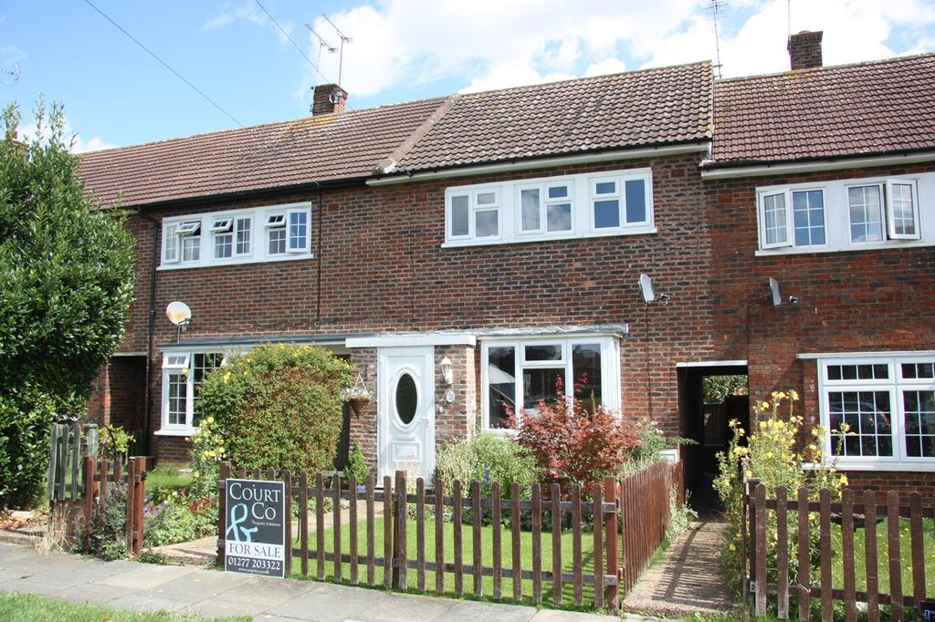 3 Bedrooms Terraced House for sale in Coram Green, Hutton, Brentwood, CM13