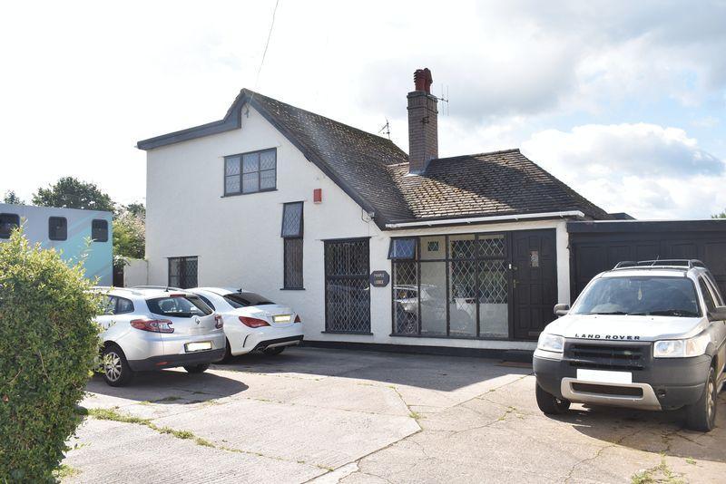 3 Bedrooms Detached House for sale in Gwellyn Avenue, Kinmel Bay