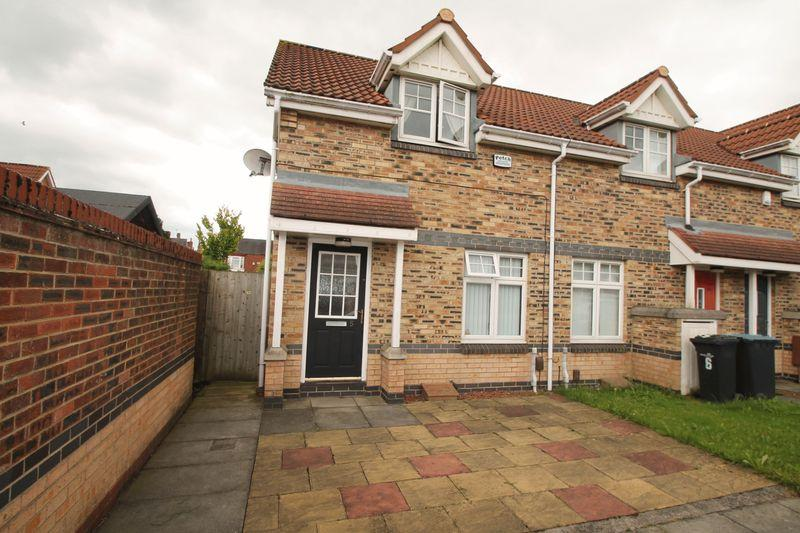 2 Bedrooms Terraced House for sale in The Midfield, Linthorpe
