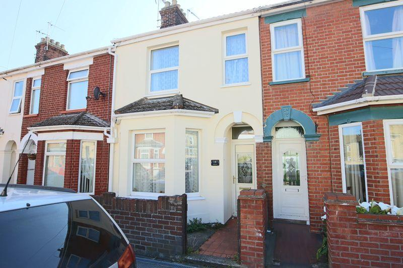 3 Bedrooms Terraced House for sale in Winnipeg Road, Lowestoft