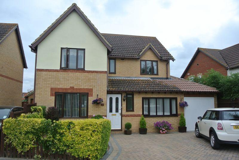 4 Bedrooms Detached House for sale in Broomfield, Herne Bay