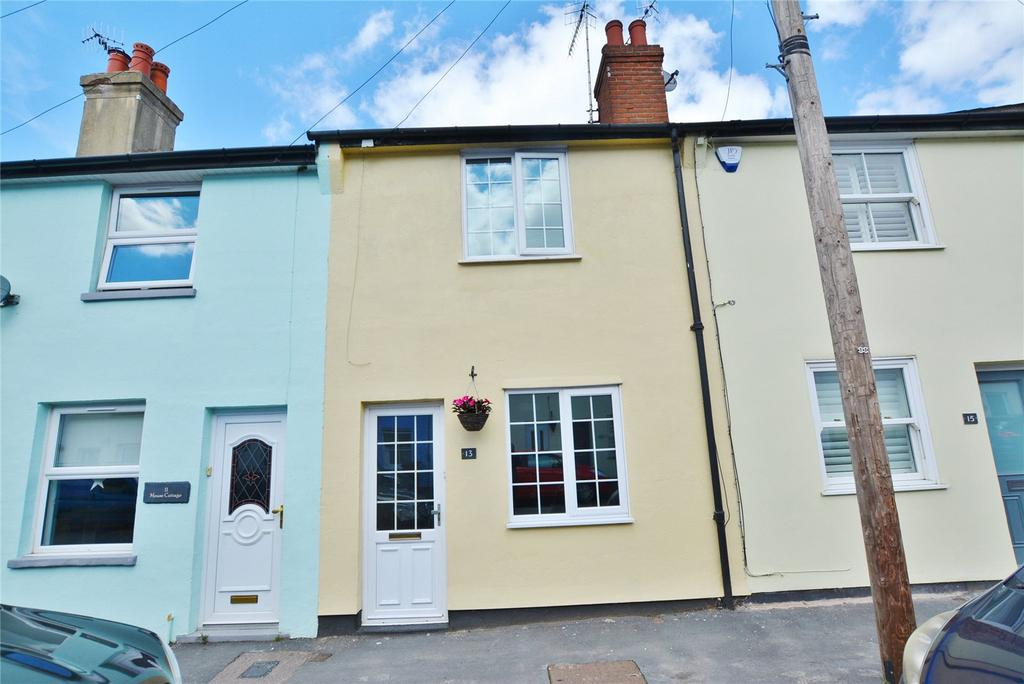 2 Bedrooms Terraced House for sale in Primrose Gardens, Bushey, Hertfordshire, WD23
